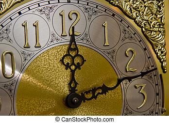12, 時計, 祖父