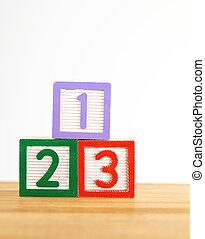 123 wooden toy block
