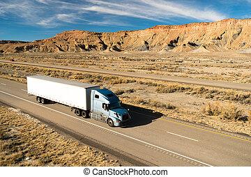 18, sobre, wheeler, longo curso, caminhão, grande guarnece, estrada