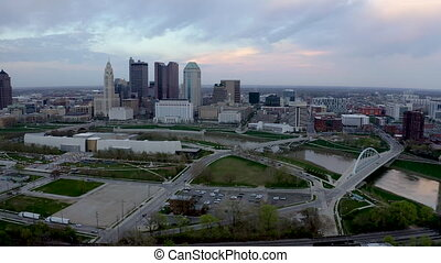 180 Degree Pan Around the Columbus Ohio Skyline Featuring...