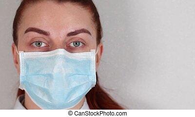19, monde médical, jeune, figure, regarde, covid, appareil photo, docteur, copyspace., coronavirus, masque