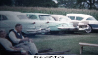 1958 - Outdoor Picnic Cookout Party - Original vintage 8mm...