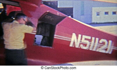 1965: Executive and pilot readying - Original vintage 8mm...