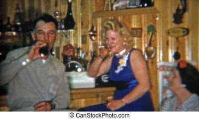 1967: Original private wet bar - Original vintage 8mm film...