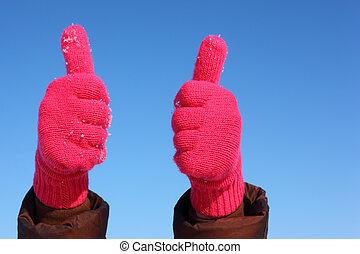 2つの手, 中に, 赤, 手袋, に対して, 青い空, ショー, ジェスチャー, オーケー