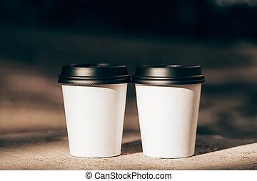2, カップ, の, コーヒーノキが行く