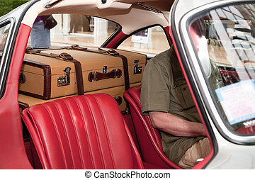 2, スーツケース, 自動車で