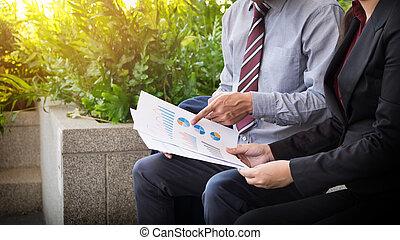 2, ビジネス 同僚, 持つこと, 議論, ∥間に∥, 歩くこと, 外, オフィス
