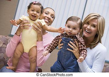 2, 母, 保有物, 若い少年, そして, 女の子