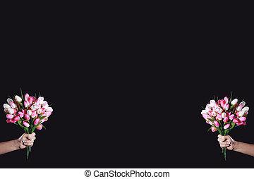 2 bouquets