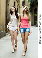 2 eny, chůze, skrz, starobylý, evropan velkoměsto