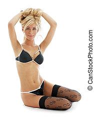 #2, lingerie, black , blonde , mooi en gracieus