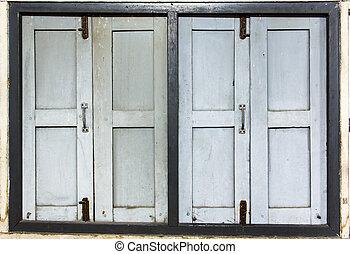 2 old windows
