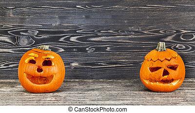 2 old wrinkled pumpkin