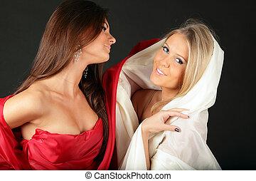 2, vrouwen, in, weefsel, uitdrukken, tegenoverstaand,...