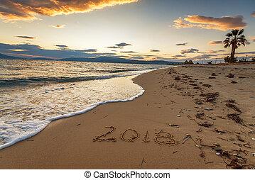 2018, написано, на, , песок, of, , пляж, путешествовать, 2018, новый, год, concept.