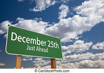 25 décembre, juste, devant, vert, panneaux signalisations, sur, ciel