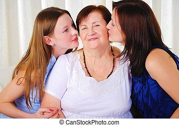 3世代, の, 女性, 一緒に