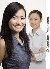 3, 女性実業家