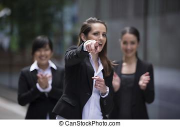 3, applaudir, femmes affaires