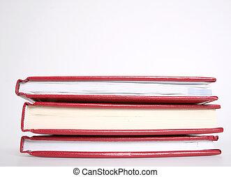 3, boekjes , rood