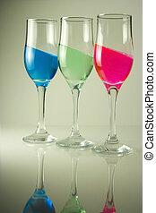 3 color glasses