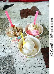 3 cup ice cream