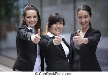 3, lycklig, affärsverksamhet kvinna, med, där, tummar, uppe.