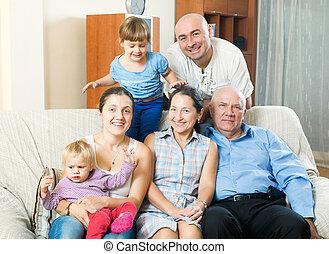 3 nemzedék, család