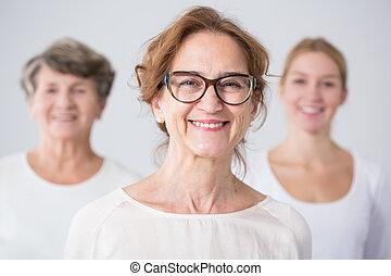 3 nemzedék, közül, női, család