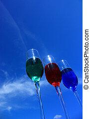 3 tall wine glasses