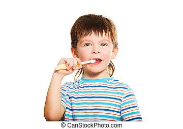 3 years old boy brush his teeth