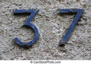 37, número