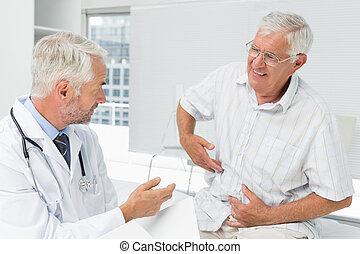3º edad, doctor, macho, visitar, paciente