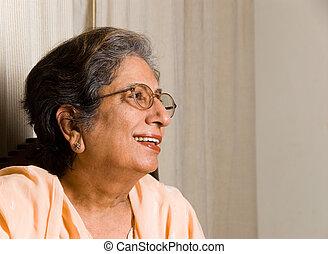 3º edad, indio, mujer