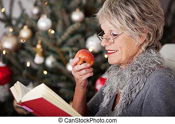 3º edad, libro, dama, manzana, relajante