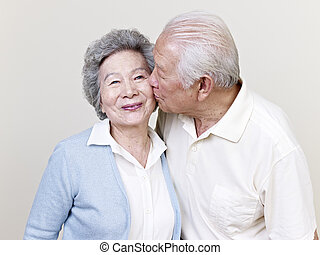 3º edad, pares asiáticos