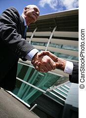 3º edad, sacudida, hombres de negocios, manos