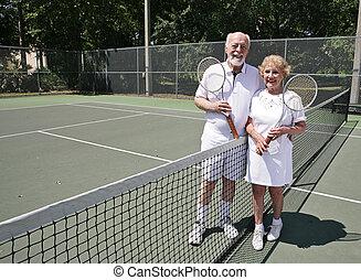 3º edad, tenis, con, copyspace