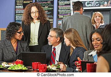 4, 昼食, ビジネス 人々