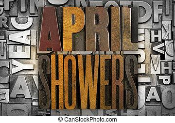 4 月, シャワー