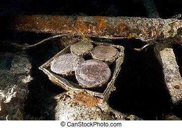 4? armoured piercing shells on the SS Thistlegorm.