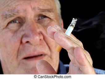 4, fumante