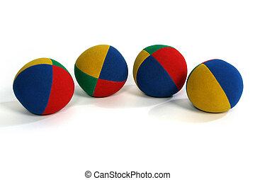 4 juggling balls