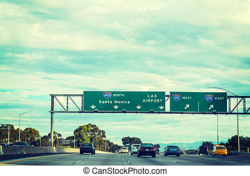 405 freeway northbound on a cloudy day