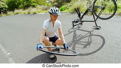 4k, campagne, réparation, personne agee, cycliste, vélo