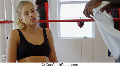 4k, délassant, femme, boxeur, anneau, boxe