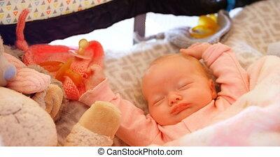 4k, dormir, lit, bébé