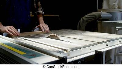 4k, drewniany, piłować, cięcie maszyna, stolarz, deska