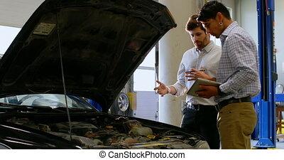 4k, examiner, ingénieurs, moteur voiture, atelier